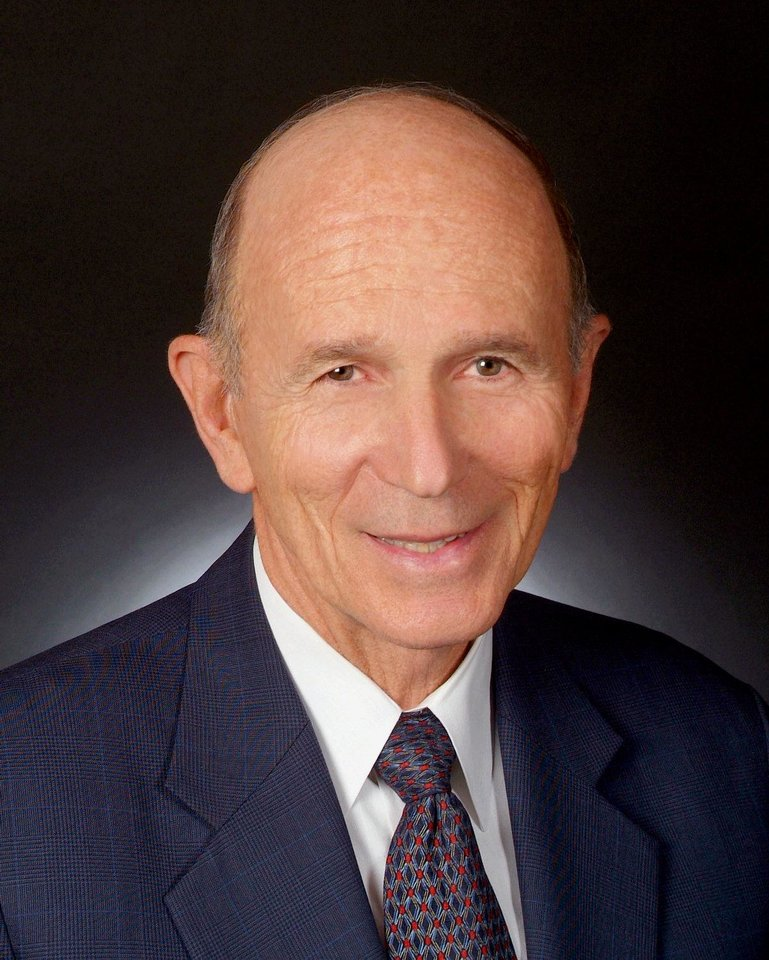 Dr. Kenneth H. Cooper