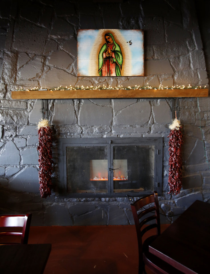 Photo - The Green Chili Kitchen in Yukon, Friday  January  11, 2013. Photo By Steve Gooch, The Oklahoman