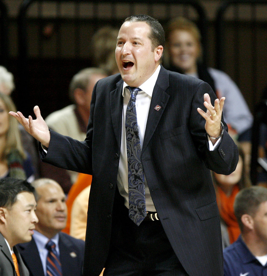 Photo - UTSA coach Brooks Thompson reacts during an NCAA college basketball game between the Oklahoma State University Cowboys (OSU) and the University of Texas-San Antonio Roadrunners at Gallagher-Iba Arena in Stillwater, Okla., Wednesday, Nov. 16, 2011. Photo by Bryan Terry, The Oklahoman