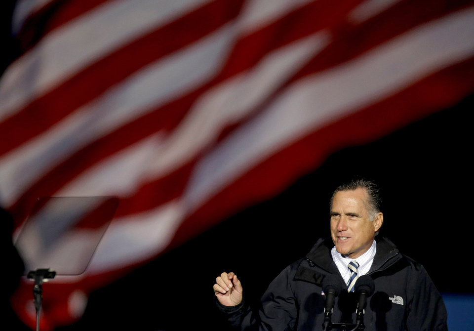 Photo -   Republican presidential candidate, former Massachusetts Gov. Mitt Romney speaks during a campaign event at Shady Brook Farm, Sunday, Nov. 4, 2012, in Morrisville, Pa. (AP Photo/David Goldman)