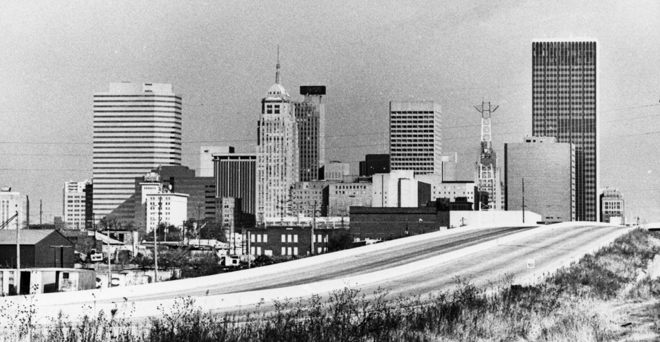 OKLAHOMA CITY / SKY LINE / OKLAHOMA:  No caption.  Staff photo by Paul Hellstern.  Photo dated 11/19/1982 and unpublished.