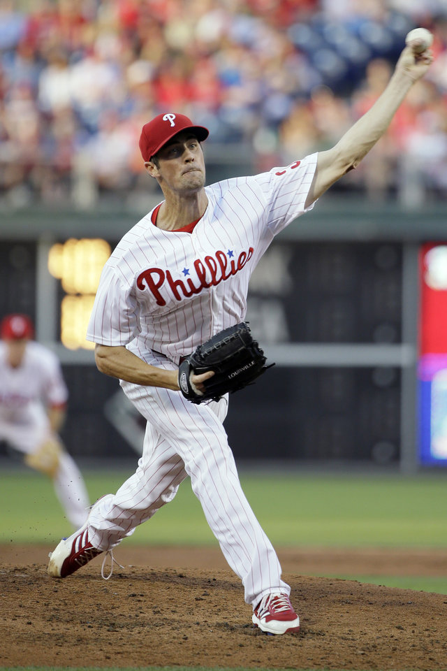 Philadelphia Phillies' Cole Hamels pitches in the third inning of a baseball game against the New York Mets, Friday, June 21, 2013, in Philadelphia. (AP Photo/Matt Slocum)