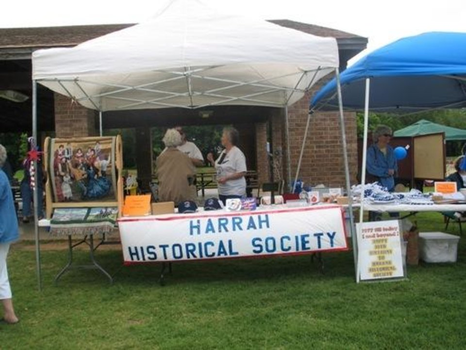 Harrah Historical Society members during last years festival<br/><b>Community Photo By:</b> Karen Erbin<br/><b>Submitted By:</b> Karen, Harrah