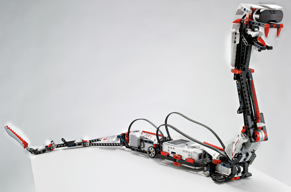 Photo - Lego's new robotic snake