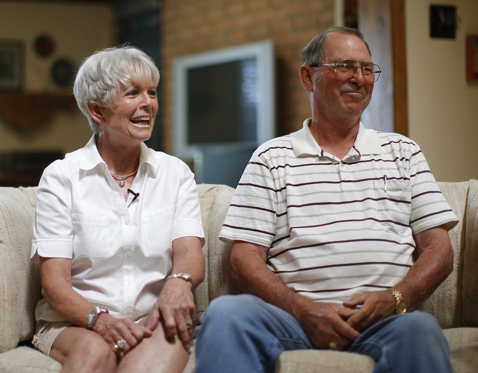 Photo - Bill and Alice Liles talk about Oklahoma's new offensive coordinator Lincoln Riley inside their home in Muleshoe, Texas, Riley's hometown, on Wednesday, June 24, 2015. Photo by Bryan Terry, The Oklahoman