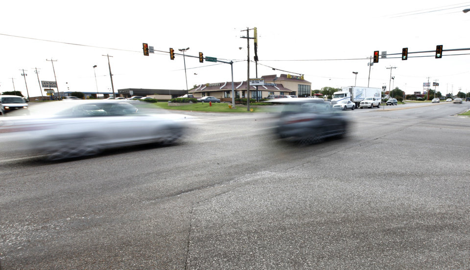 Photo - The intersection of 122nd and Penn has the one of the highest occurrences of hit and run accidents in Oklahoma City, OK, Friday, October 4, 2013, Photo by Paul Hellstern, The Oklahoman  PAUL HELLSTERN - Oklahoman