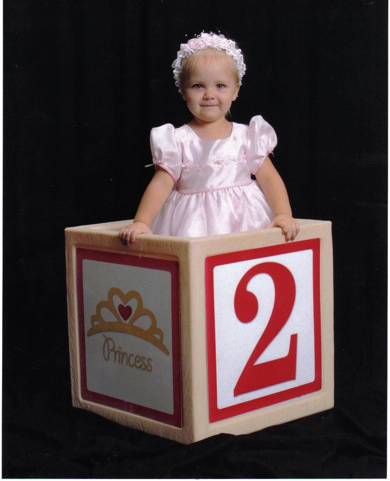 HAPPY 2nd BIRTHDAY PRINCESS CHLOE MARIE<br/><b>Community Photo By:</b> GayLa<br/><b>Submitted By:</b> gayla, midwest city