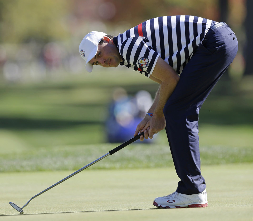 USA's Keegan Bradley reacts after missing a putt on the 16th hole during a singles match at the Ryder Cup PGA golf tournament Sunday, Sept. 30, 2012, at the Medinah Country Club in Medinah, Ill. (AP Photo/David J. Phillip)  ORG XMIT: PGA156