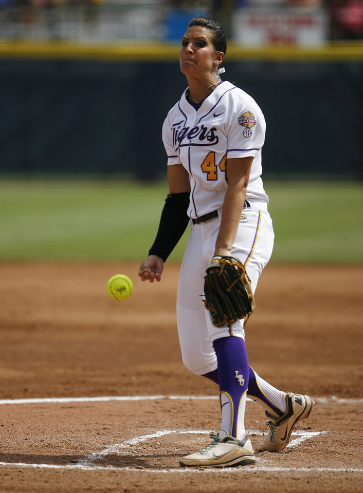 Photo - LSU's Brittany Mack (44) pitches during a Women's College World Series game between Louisiana State University and the University of South Florida at ASA Hall of Fame Stadium in Oklahoma City, Saturday, June 2, 2012.  Photo by Garett Fisbeck, The Oklahoman