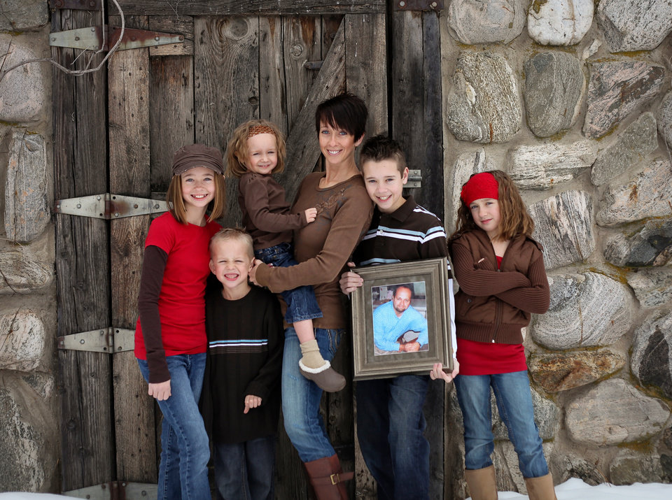 Photo -       Michelle Eborn's husband died while she was pregnant with their fifth child in 2006. She's had to figure out a lot of things she never expected to deal with as a young widow.