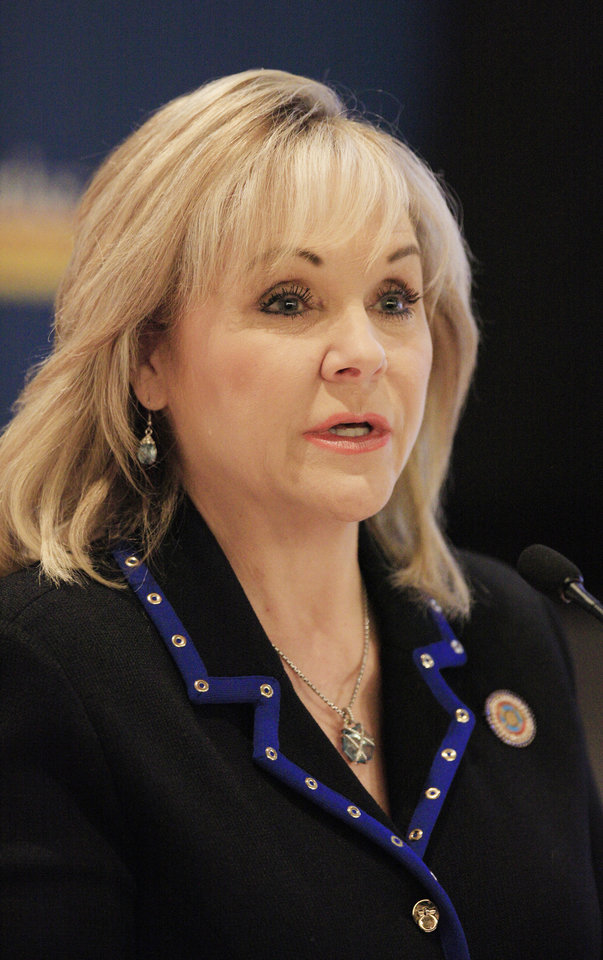 Photo -  Gov. Mary Fallin speaks Wednesday at the National Governors Association's America Works summit. Photo by Paul B. Southerland, The Oklahoman   PAUL B. SOUTHERLAND -