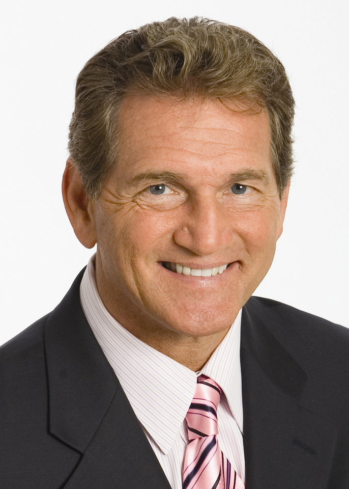 Photo - Joe Theismann, former Washington Redskins NFL football quarterback     ORG XMIT: 1001072148359105
