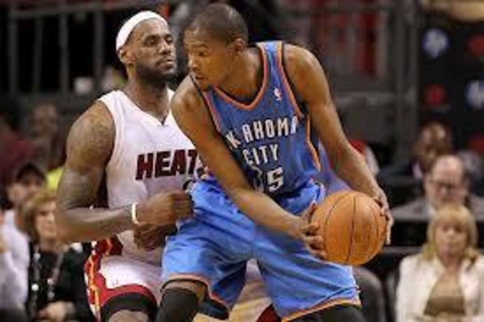 Miami's LeBron James, left, is 8-2 in regular-season games against Kevin Durant.