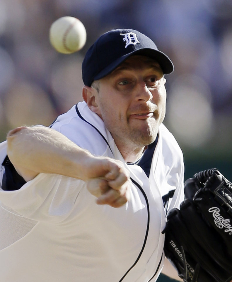 Photo -   Detroit Tigers' Max Scherzer throws in the first inning during Game 4 of the American League championship series against the New York Yankees Thursday, Oct. 18, 2012, in Detroit. (AP Photo/Matt Slocum)