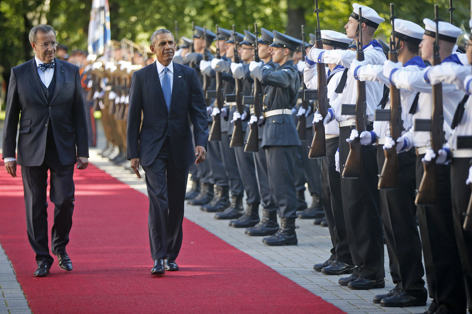 Photo - U.S. President Barack Obama and with Estonian President Toomas Hendrik Ilves review the honor guard at Kadriorg Palace in Tallinn, Estonia, Wednesday, Sept. 3, 2014. Obama is in Estonia for a one day visit where he will meet with Baltic State leaders before heading to the NATO Summit in Wales. (AP Photo/Charles Dharapak)