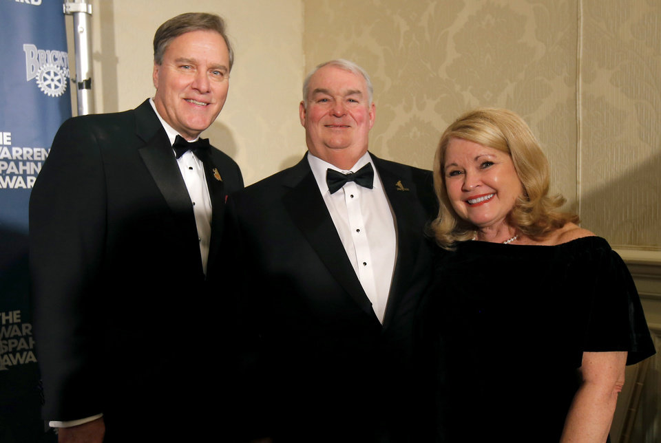 Photo - Bob Carpenter, Greg and LuAnn Spahn. PHOTO BY BRYAN TERRY, THE OKLAHOMAN