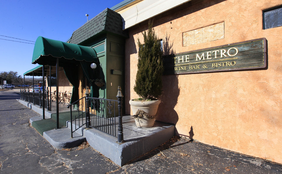 Photo -  The Metro Wine Bar and Bistro opened in December of 1988. [Oklahoman Archives photo]