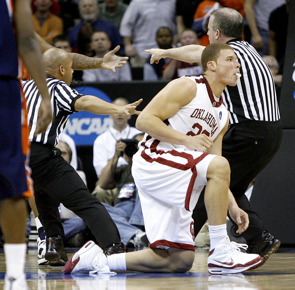 Photo - OU's Blake Griffin gets up after a hard foul during a first round game of the men's NCAA tournament between Oklahoma and Morgan State in Kansas City, Mo., Thursday, March 19, 2009.  PHOTO BY BRYAN TERRY, THE OKLAHOMAN