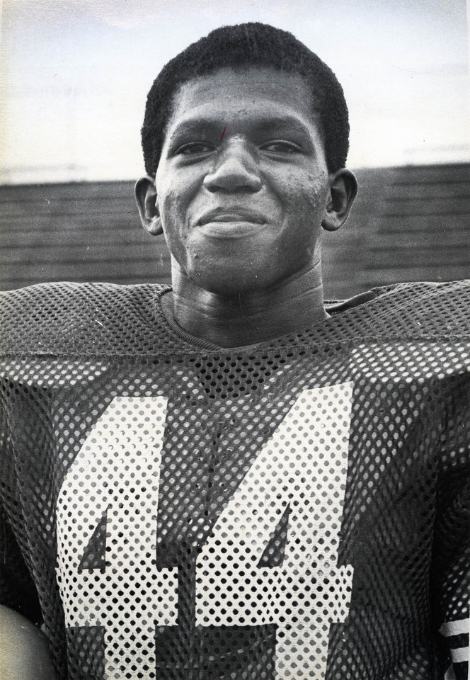 Photo - Lydell Carr, OU and Enid football standout. FROM THE OKLAHOMAN ARCHIVES