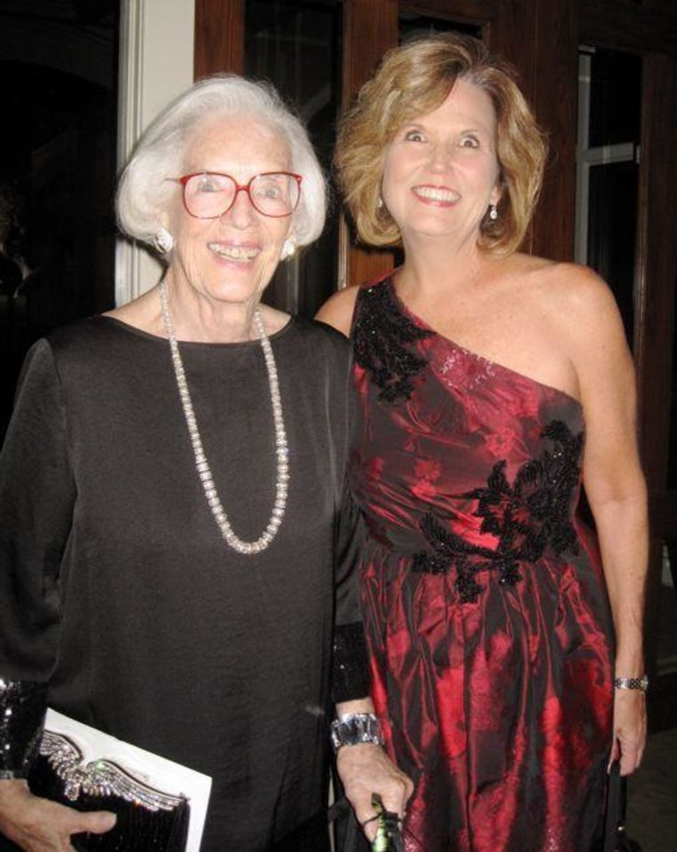 Joan Gilmore and Marion Paden arrive at the formal Renaissance Ball benefiting the Oklahoma City Museum of Art. The Ball was held at the Oklahoma City Golf and Country Club. Polly and Larry Nichols were honored for supporting the community and the OCMA. (Photo by Helen Ford Wallace).