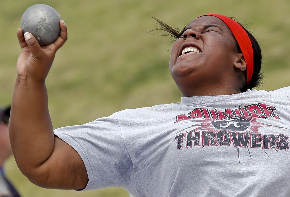 Photo - Ardmore's Kaitlyn Cronemeyer competes in the Class 5A girls shot put during the Class 6A and 5A state championship track meet at Yukon High School on Saturday, May 17, 2014 in Yukon, Okla.   Photo by Chris Landsberger, The Oklahoman