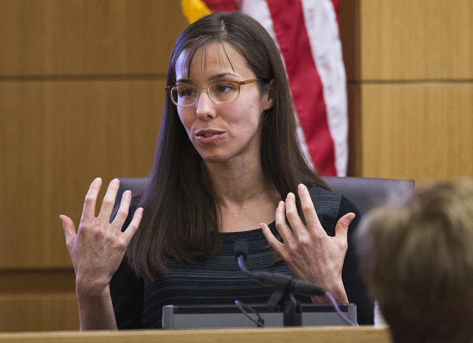 Jodi Arias gestures toward the jury, Tuesday, March 5, 2013, in Maricopa County Superior Court in downtown Phoenix.  Arias is on trial for the murder of Travis Alexander in 2008.  (AP Photo/The Arizona Republic,Tom Tingle, Pool)