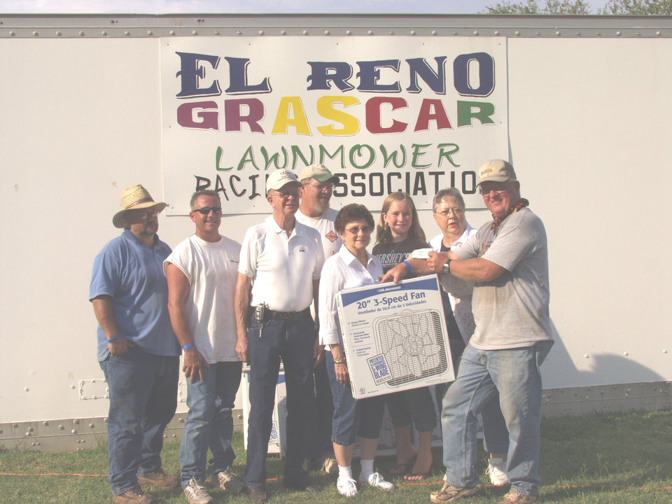August 06 2007  El Reno Meals on Wheels receives donation of Fans for distribution by their organization From El Reno Grascar Lawnmower Racing Association.        We chose to have El Reno Meals on Wheels give out the fans since they are in daily contact with persons that may have an immediate need for a fan.<br/><b>Community Photo By:</b> Reggie Terry Sr.<br/><b>Submitted By:</b> Reggie, Yukon