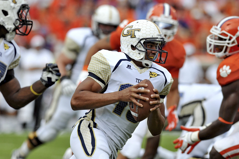 Georgia Tech quarterback Tevin Washington runs out of the pocket in the first quarter of an NCAA college football game against Clemson on Saturday, Oct. 6, 2012, at Memorial Stadium in Clemson, S.C. (AP Photo/ Richard Shiro)