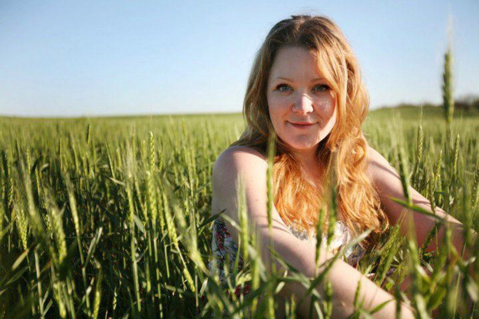Photo - Oklahoma singer-songwriter Audra Mae will perform Sunday at the Blue Door. Photo PROVIDED by Samantha Lamb