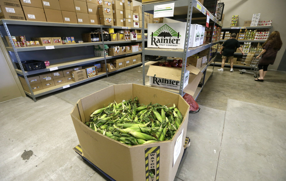Food banks struggle to meet surprising demand article photos for Dmarc food pantry des moines ia