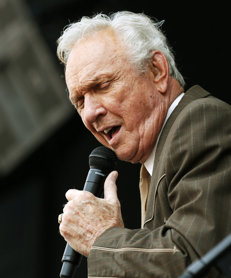 Photo - Mel Tillis performs during the Oklahoma Twister Relief Concert, benefiting victims of the May tornadoes, at Gaylord Family - Oklahoma Memorial Stadium on the campus of the University of Oklahoma in Norman, Okla., Saturday, July 6, 2013. Photo by Nate Billings, The Oklahoman