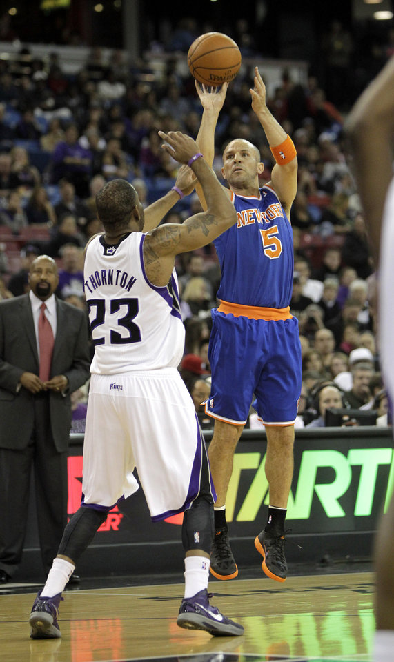 New York Knicks guard Jason Kidd, right, shoots over Sacramento Kings guard Marcus Thornton during the first quarter of an NBA basketball game in Sacramento, Calif., Friday, Dec. 28, 2012.(AP Photo/Rich Pedroncelli)