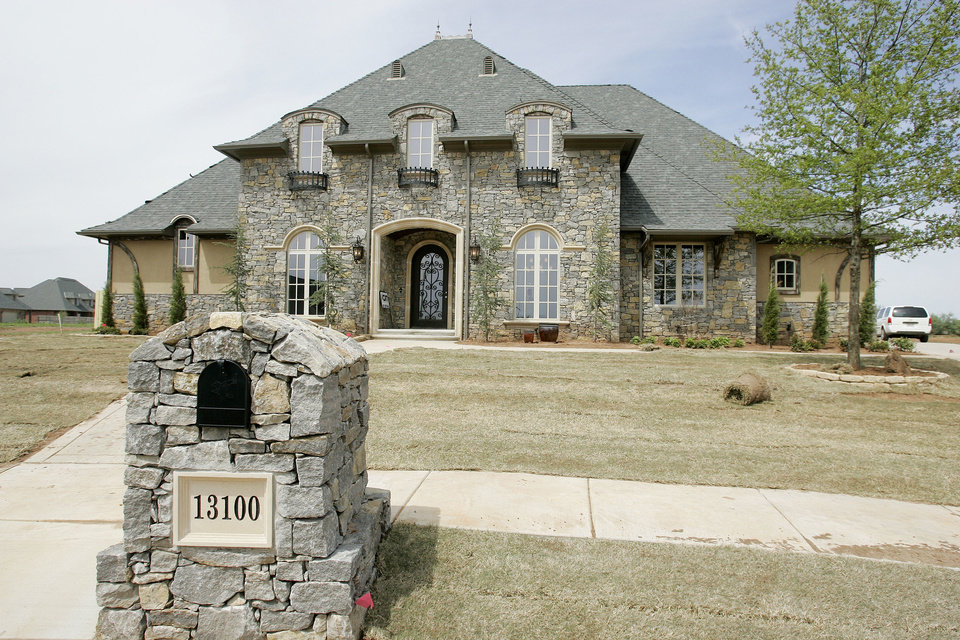 A house by Richardson Homes in south Oklahoma City's Rivendell addition. <strong>Jaconna Aguirre - THE OKLAHOMAN archive</strong>