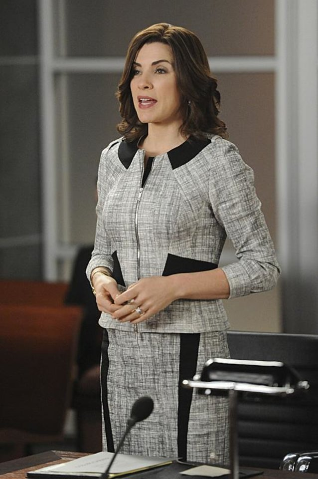 "Photo -  Julianna Margulies stars in ""The Good Wife."" - Photo by David M. Russell/CBS ©2013 CBS Broadcasting, Inc. All Rights Reserved"