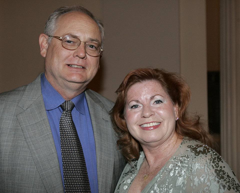 Photo - Paul and Phyllis Dragus of Oklahoma City, attend the Oklahoma Centennial Statehood Inaugural Ball, Saturday, Nov. 17, 2007, at the Guthrie Scottish Rite Masonic Center, in Guthrie, Okla. By Bill Waugh, The Oklahoman