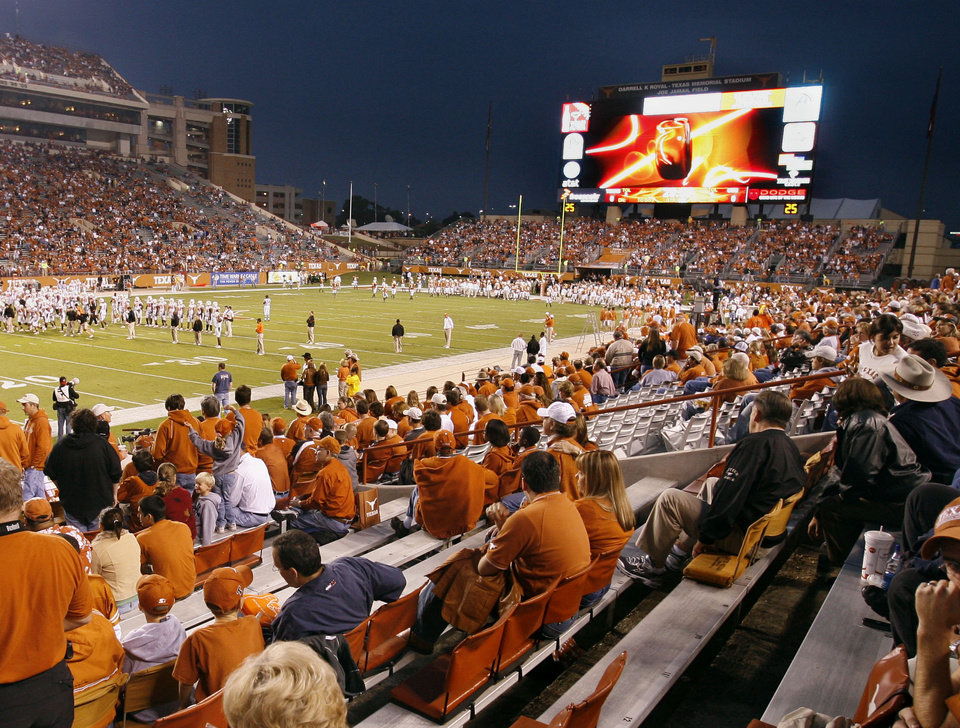 COLLEGE FOOTBALL, VIDEO BOARD: The scoreboard at the University of Texas in Austin extends almost the width of the field.  This view is during pre-game as the Oklahoma State University (OSU) Cowboys play the University of Texas Longhorns at Darrell K. Royal-Texas Memorial Stadium in Austin, TX on Saturday, November 4, 2006. by Steve Sisney, The Oklahoman  ORG XMIT: KOD