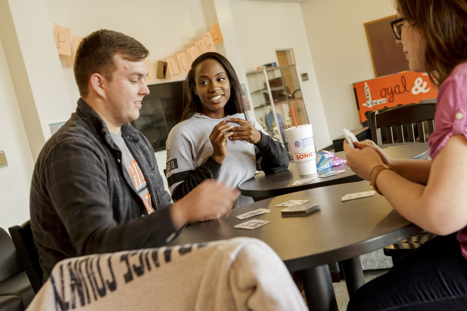 Photo - Current students are a great resource for high school students to ask questions about campus life. OSU/Gary Lawson.