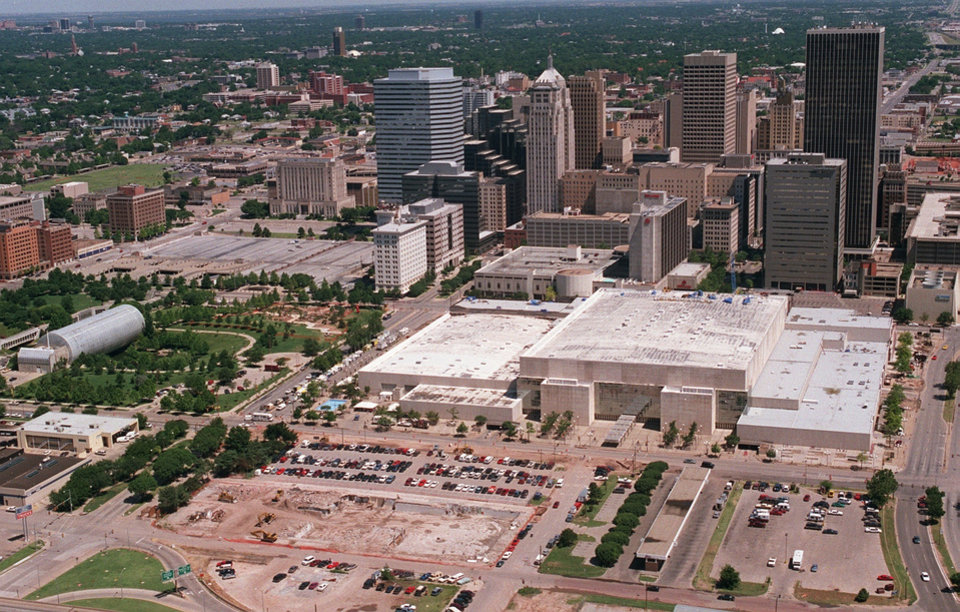 OKLAHOMA CITY / SKYLINE / AERIAL VIEW:  Aerial view of downtown Oklahoma  City looking north.  Area in foreground in location for new sports arena. June 1998.  Staff photo by Jim Argo.