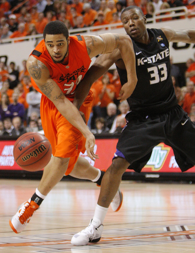 Photo - OSU's Marshall Moses (33), left, and Wally Judge (33) of KSU chase the ball during the men's college basketball game between Oklahoma State University (OSU) and Kansas State University (KSU) at Gallagher-Iba Arena in Stillwater, Okla., Saturday, January 8, 2011. OSU won, 76-62. Photo by Nate Billings, The Oklahoman