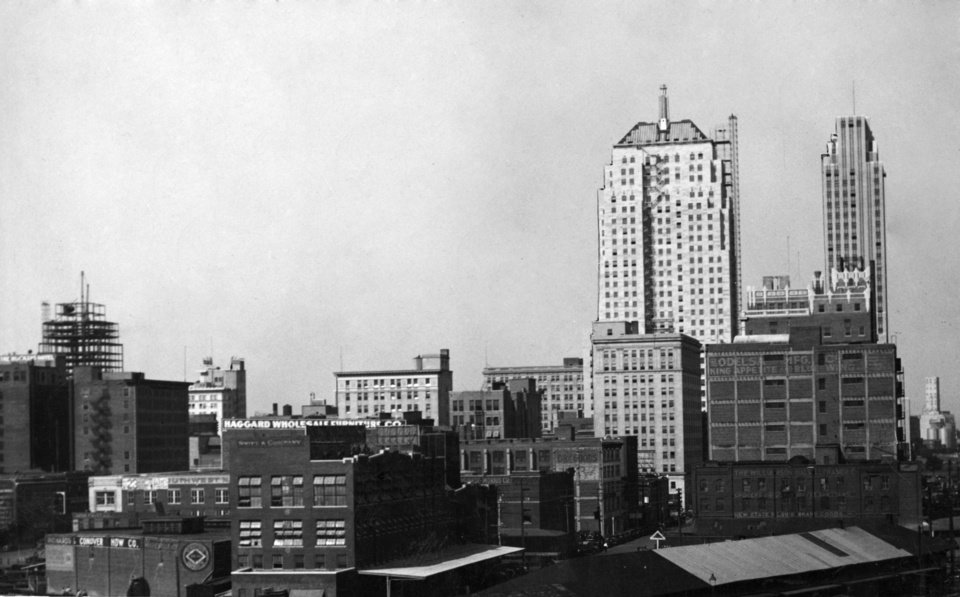 OKLAHOMA CITY / SKY LINE / OKLAHOMA:  September 1931.  Photo undated and unpublished.