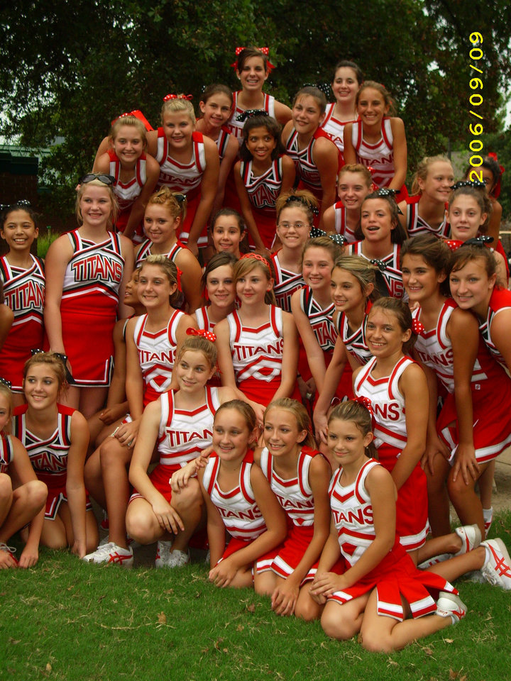 CAMS cheerleaders and Pom pon at annual golf tournament Sept 9th 2007<br/><b>Community Photo By:</b> Jeff G<br/><b>Submitted By:</b> Jeff, Midwest city