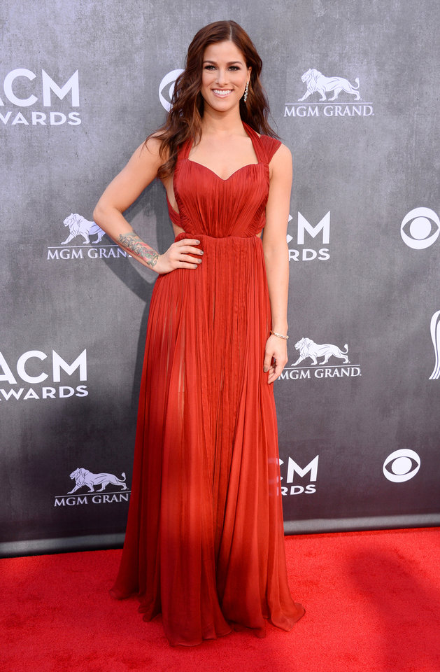 Photo - Cassadee Pope arrives at the 49th annual Academy of Country Music Awards at the MGM Grand Garden Arena on Sunday, April 6, 2014, in Las Vegas. (Photo by Al Powers/Powers Imagery/Invision/AP)