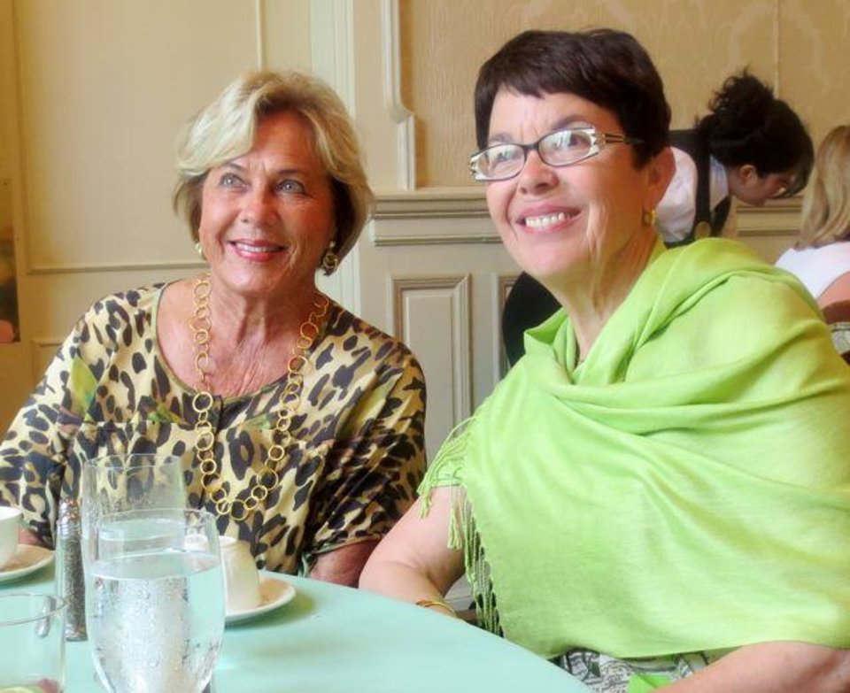 Jane Austin and Patty Cohenour were at the party. (Photo by Helen Ford Wallace).