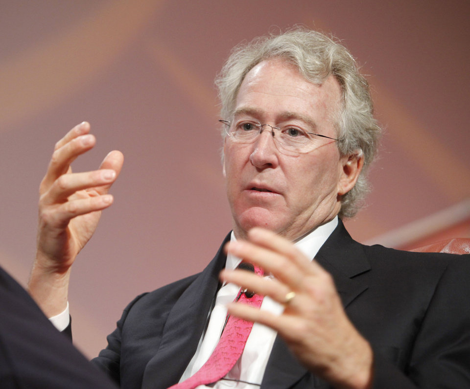 Photo - OKLAHOMA STATE UNIVERSITY ENERGY CONFERENCE: A file photo shows Aubrey McClendon, CEO, Chesapeake Energy Corp., speaking during the an energy conference in Oklahoma City. Photo by Steve Gooch, The Oklahoman ORG XMIT: KOD  Steve Gooch - The Oklahoman