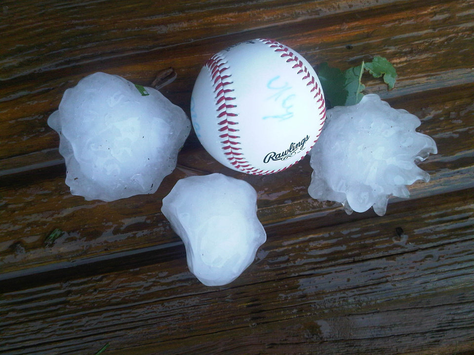 Hail at Goldsby Hwy 74 and Ladd 5/24/11