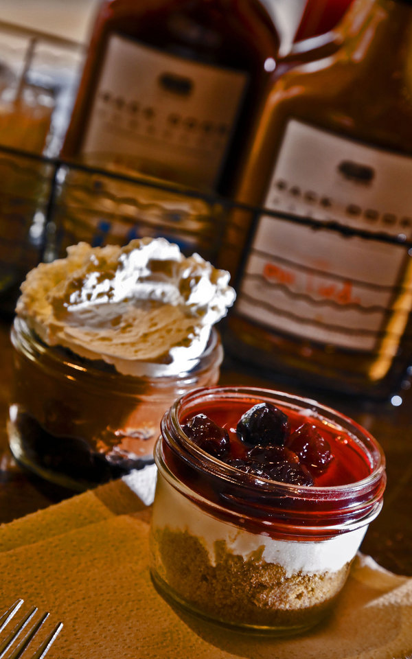 Photo - Chocolate Dirt and cheesecake desserts at the new Back Door Barbecue at 315 NW 23 in Oklahoma City. Photo by Chris Landsberger, The Oklahoman  CHRIS LANDSBERGER - CHRIS LANDSBERGER