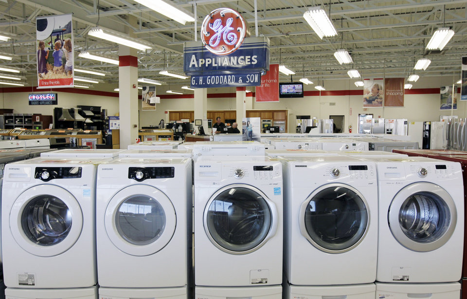 Photo -   This Oct. 25, 2012 photo shows appliances on display at Orville's Home Appliances store in Amherst, N.Y. The government's snapshot Friday, Oct. 26, 2012, of the U.S. economy's growth will be its last before Americans choose a president in 11 days. It probably won't sway many undecided voters. The first of three estimates of growth for the July-September quarter will likely sketch a picture that's been familiar all year: The economy is growing at a tepid rate, slowed by high unemployment, corporate anxiety over an unresolved budget crisis and a global economic slowdown. The government's report covers gross domestic product. GDP measures the nation's total output of goods and services — from restaurant meals and haircuts to airplanes, appliances and highways. (AP Photo/David Duprey)