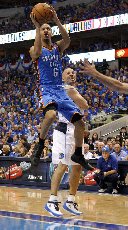Oklahoma City's Eric Maynor (6) shoots the ball in front of Jason Kidd (2) of Dallas during game 2 of the Western Conference Finals in the NBA basketball playoffs between the Dallas Mavericks and the Oklahoma City Thunder at American Airlines Center in Dallas, Thursday, May 19, 2011. Photo by Bryan Terry, The Oklahoman