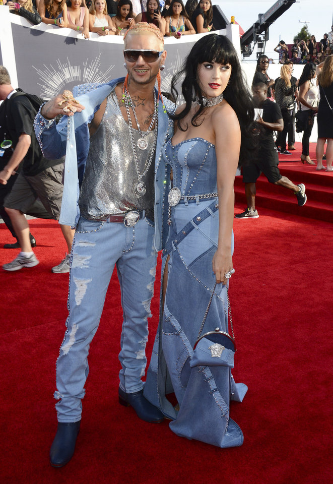 Photo - Riff Raff, left, and Katy Perry arrive at the MTV Video Music Awards at The Forum on Sunday, Aug. 24, 2014, in Inglewood, Calif. (Photo by Jordan Strauss/Invision/AP)