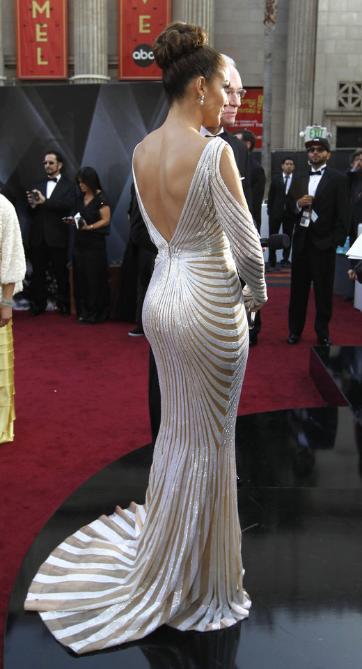 Jennifer Lopez arrives before the 84th Academy Awards on Sunday, Feb. 26, 2012, in the Hollywood section of Los Angeles. (AP Photo/Chris Carlson) ORG XMIT: OSC384